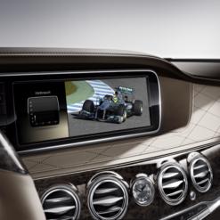 Mercedes Retrofit TV Tuner