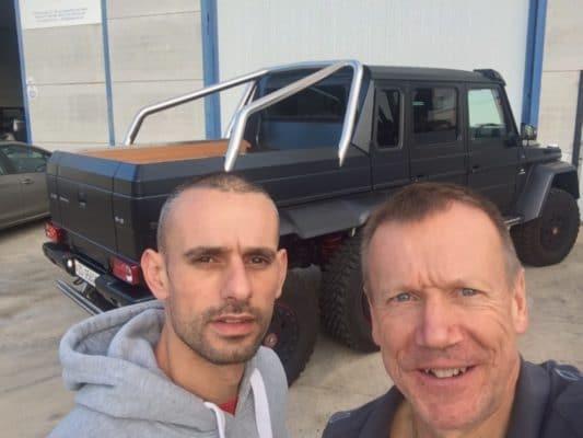 G63 AMG 6x6 Parktronic Retrofit - Selfie