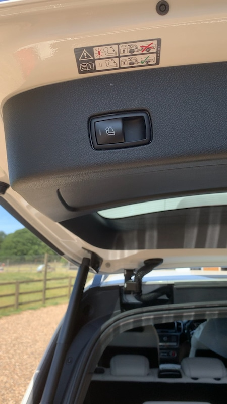 Mercedes GLE Towbar Switch