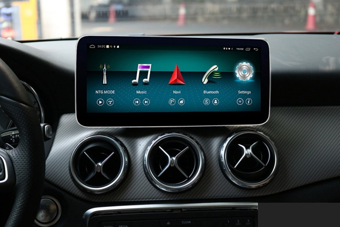 Android-Tablet-for-Mercedes.jpg
