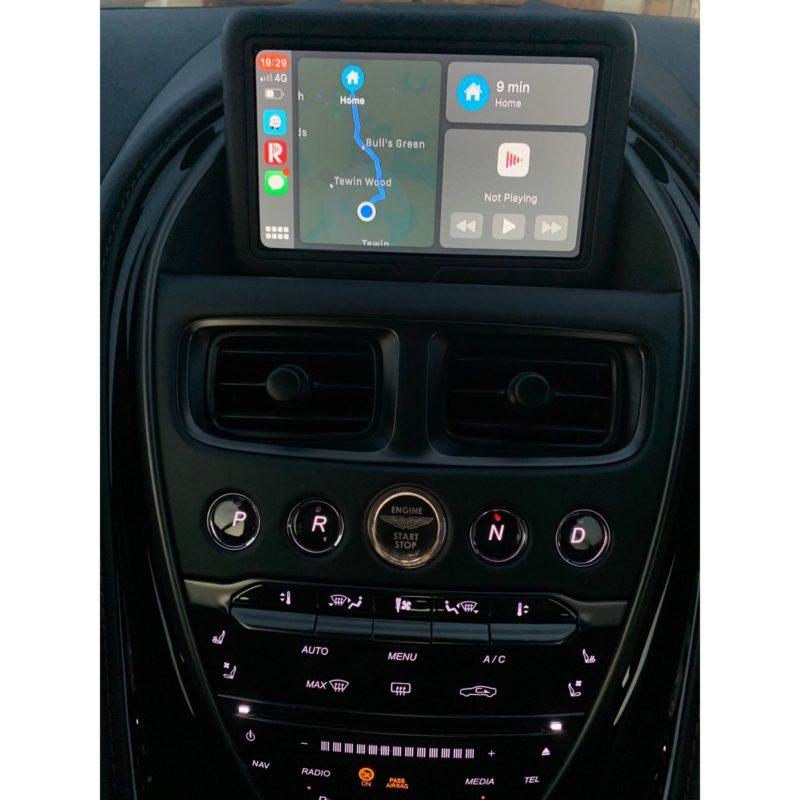 Aston Martin Carplay Smartbox